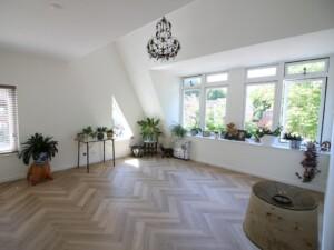 Visgraat vloer met vloerverwarming